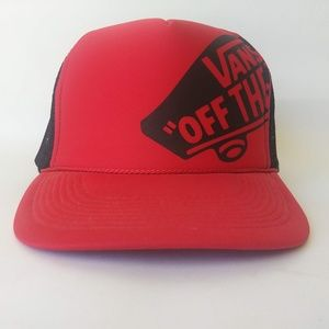 VANS Snapback Trucker Hat w/Mesh Back